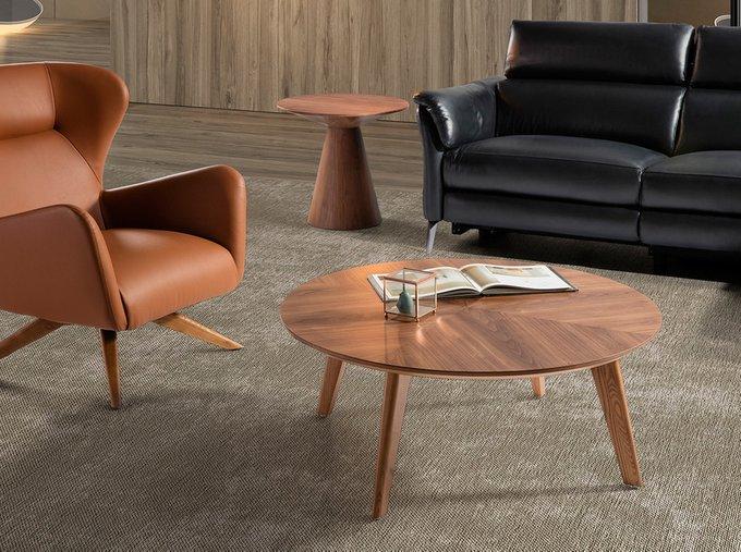 Угловой столик из орехового шпона