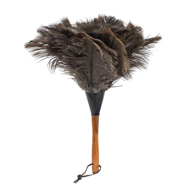 Щётка для пыли из страусиного пера на деревянной ручке