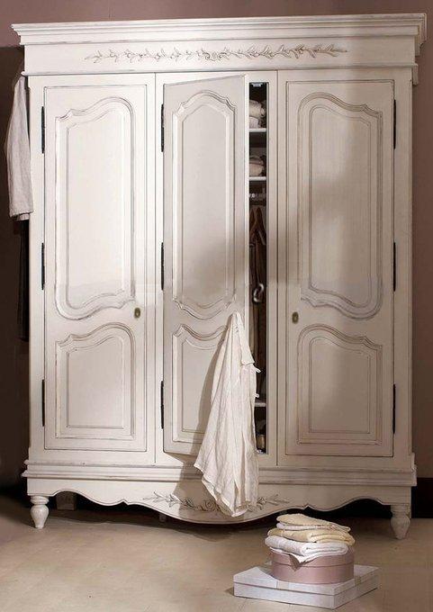 Шкаф трехстворчатый Снежный Прованс