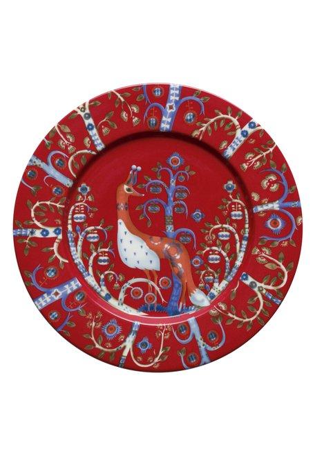 Тарелка Taika красного цвета