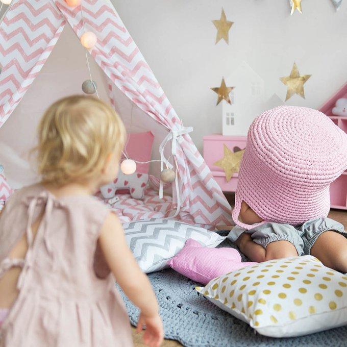 Стеганый игровой коврик Pink Zigzag  110х110 см