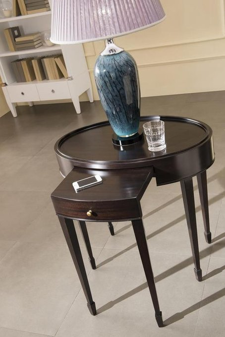 Приставной столик MESTRE из массива бука и высококачественного МДФ