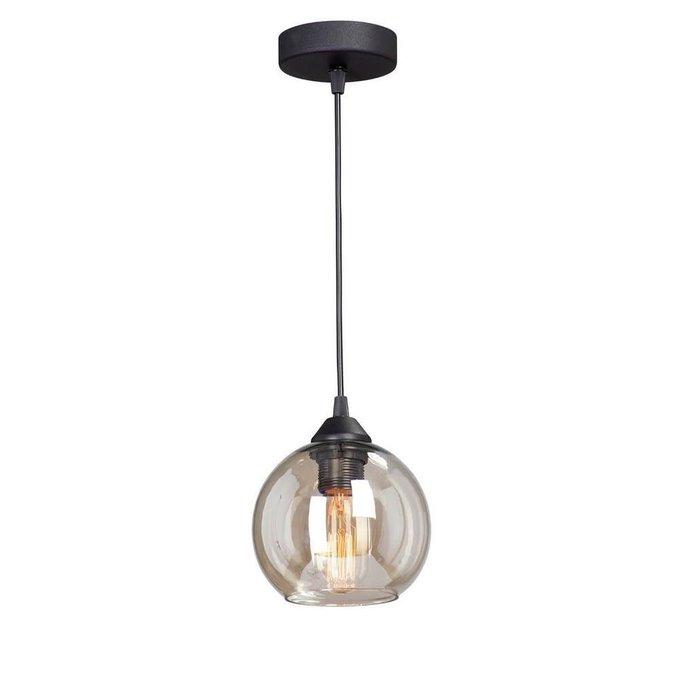 Подвесной светильник с бежевым плафоном