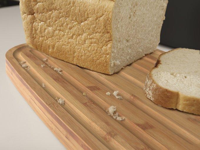 Хлебница Joseph Joseph стальная с разделочной доской из бамбука