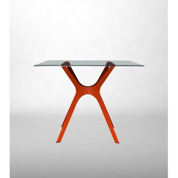 Стол пластиковый Vela S с красным основанием
