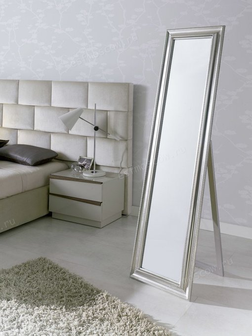 Напольное зеркало цвета Серебряный антик