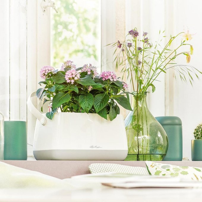 Корзинка для растений  Юла бело/серого цвета с автополивом