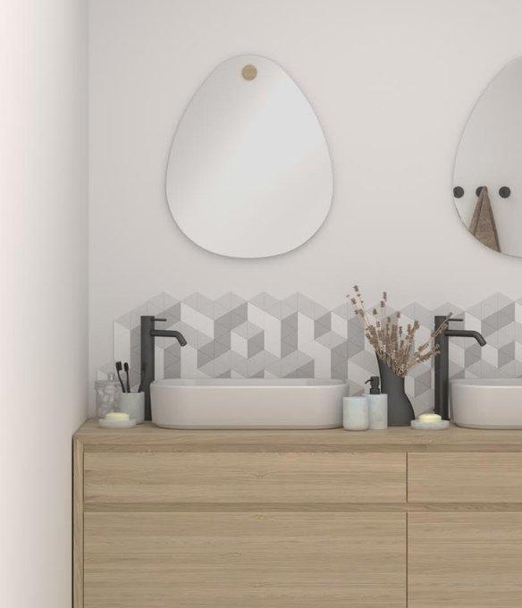 Настенное зеркало Miscusi c деревянным креплением