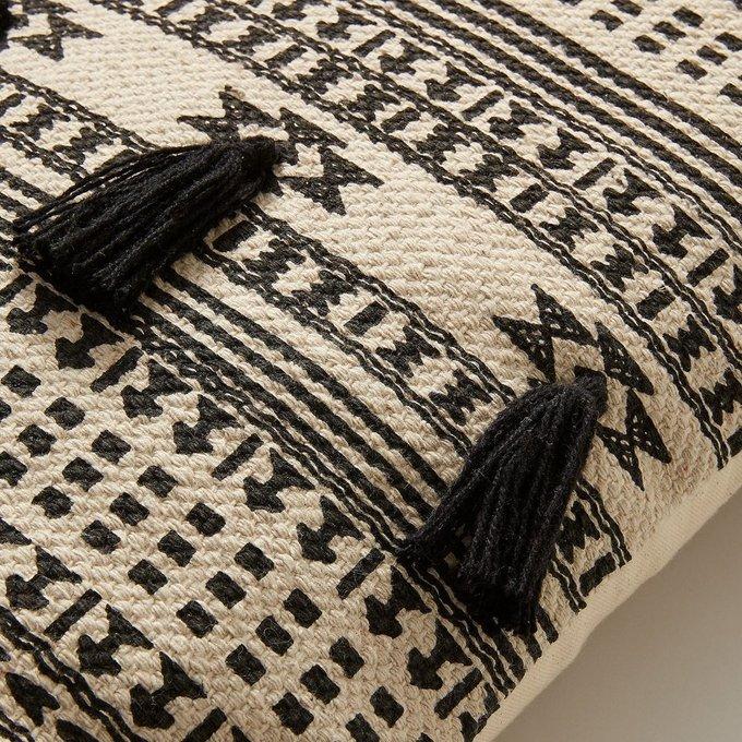 Чехол на подушку Seward черно-белого цвета