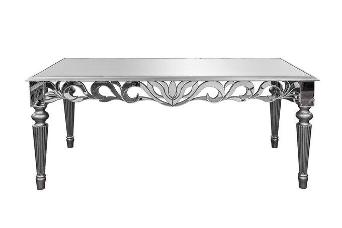 Обеденный стол с зеркальной столешницей