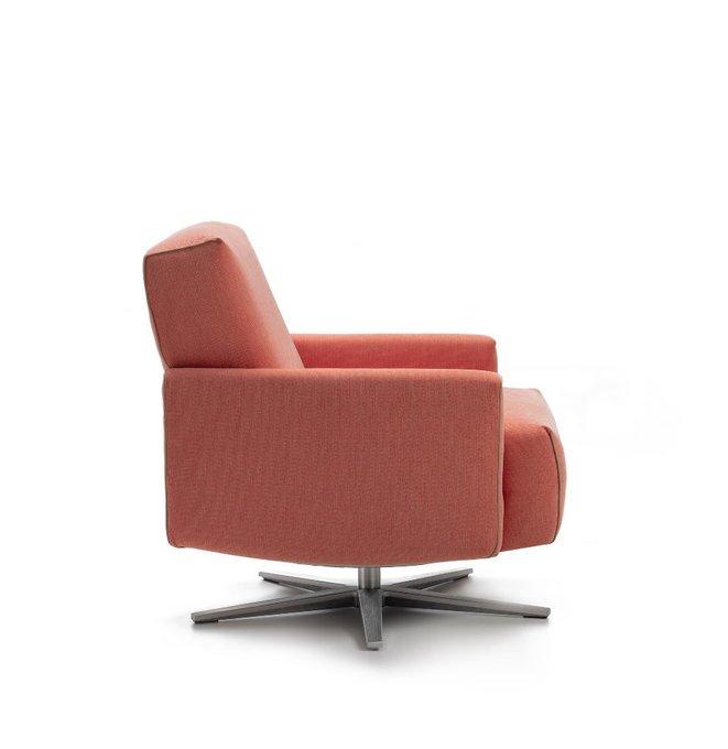 Кресло с низкой спинкой Cubi Queen розового цвета