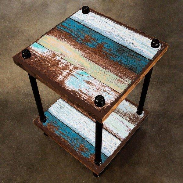 Кофейный столик Old boat из массива сосны и металла