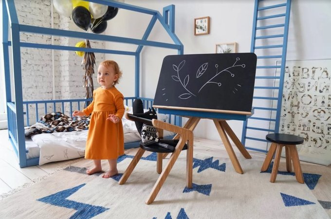 "Стол-мольберт MOONK ""Malevich"" M серый 4-8 лет"
