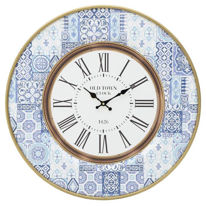 Часы настенные голубого цвета