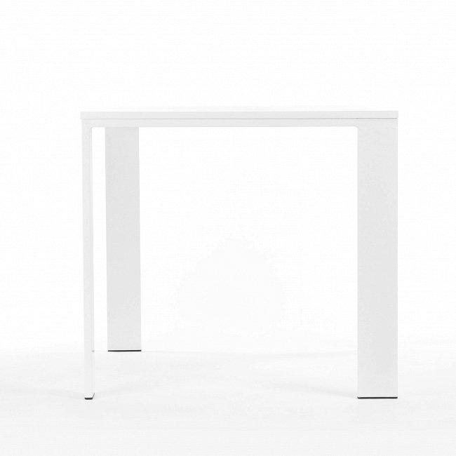 Обеденный стол Ivon белого цвета