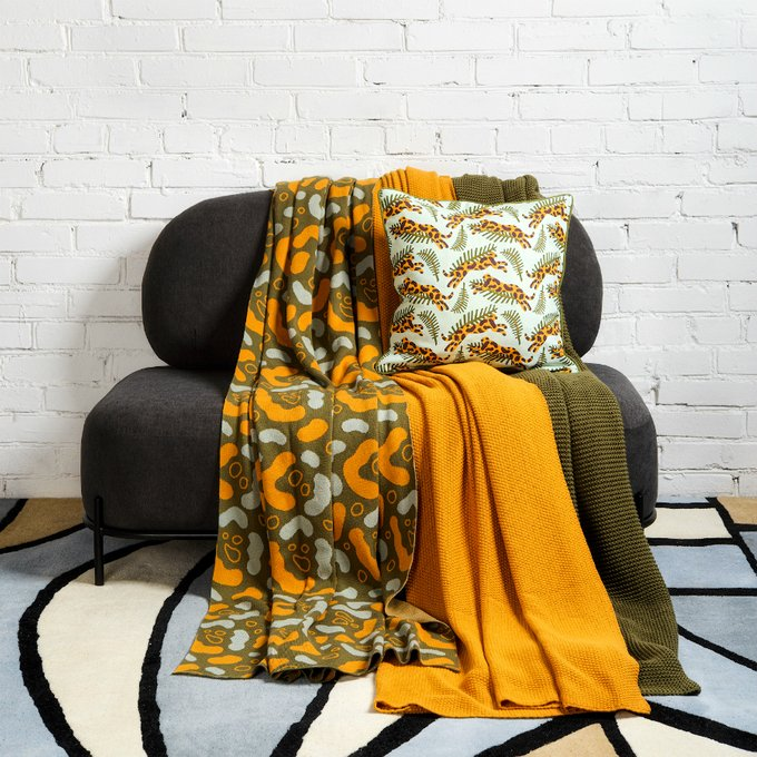 Чехол для подушки Wild с дизайнерским принтом Big Jump