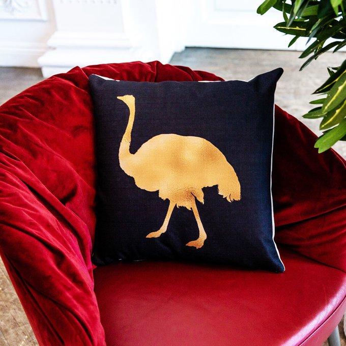 Интерьерная подушка Золотой страус 45х45
