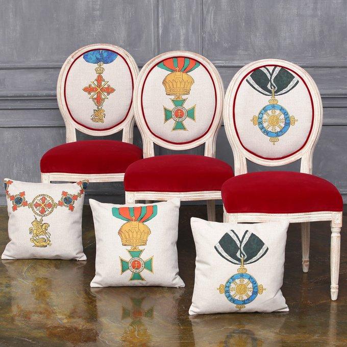 Стул Орден За заслуги Пруссия с сиденьем красного цвета
