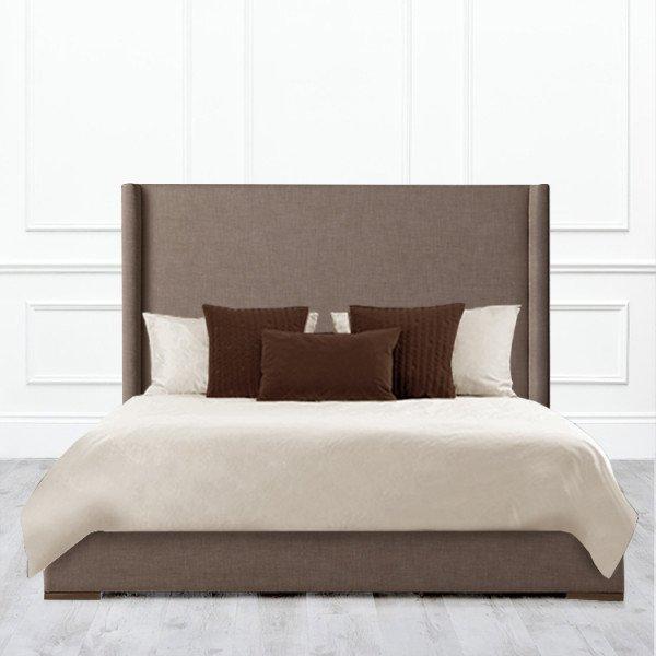 Кровать Aspleen из массива с обивкой коричневого цвета