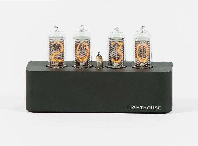 Часы на газоразрядных индикаторах Lighthouse 1.0 Black