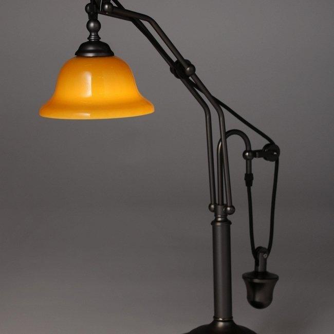 Настольный светильник Scales из стали