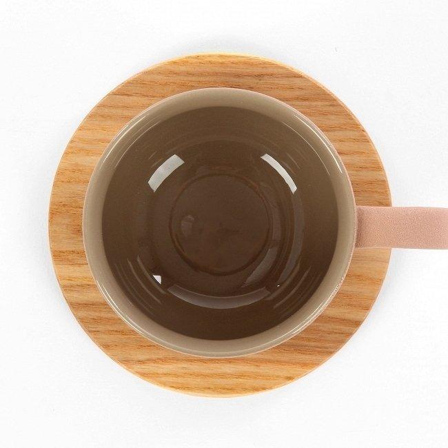 Чашка с блюдцем Tactile коричневого цвета