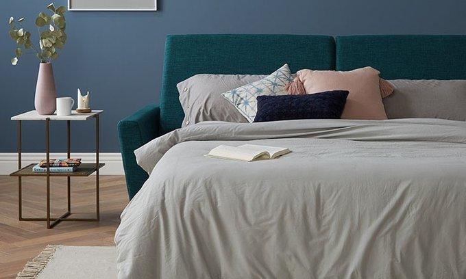 Набор из двух подушек темно-синего цвета
