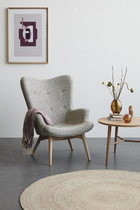 Кресло с банкеткой серого цвета