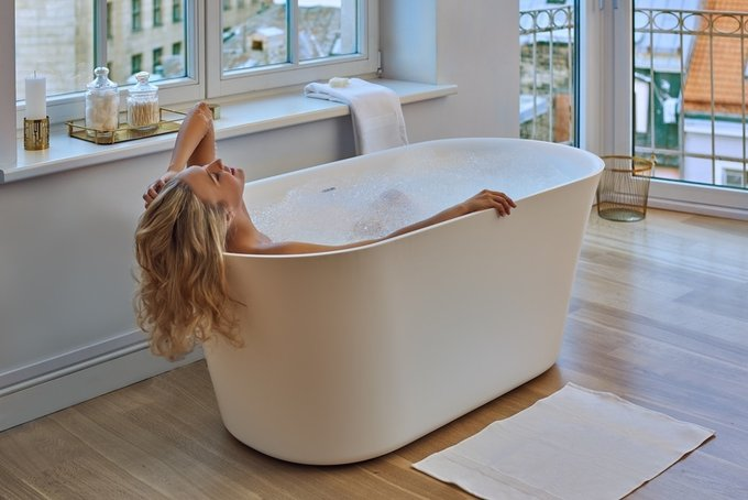 Каменная Ванна Tulip-Grande белая