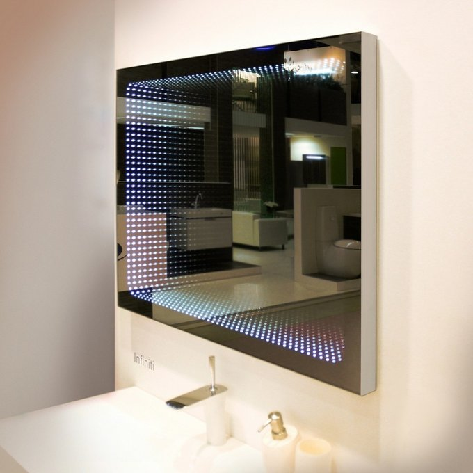 Зеркало с подсветкой Infiniti 100