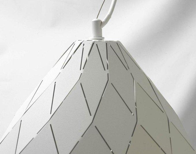 Подвесной светильник белого цвета