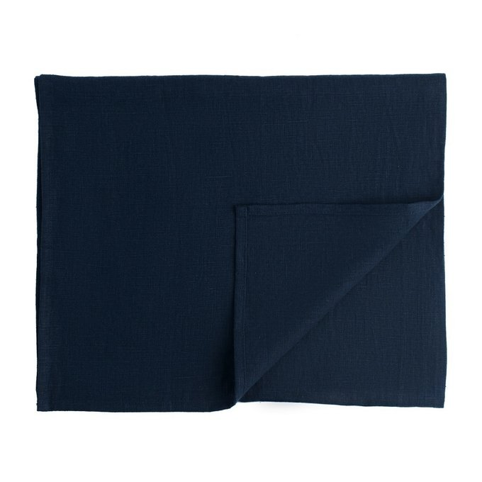 Дорожка на стол из умягченного льна темно-синего цвета