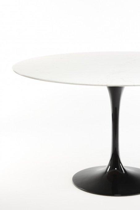 Круглый обеденный стол Tulip со столешницей из мрамора