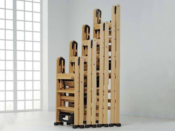 Лестница-стремянка на три ступеньки Lascala 3 noce цвет орех