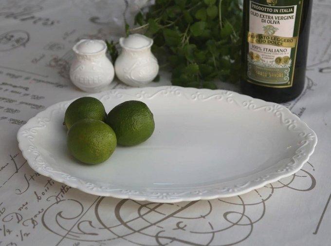 Блюдо овальное из кружевного фарфора