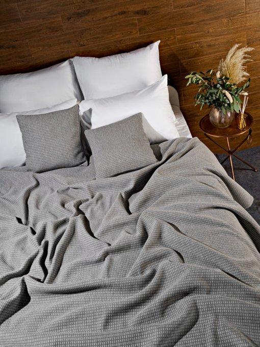 Трикотажное покрывало Garda grey 230х250 серого цвета