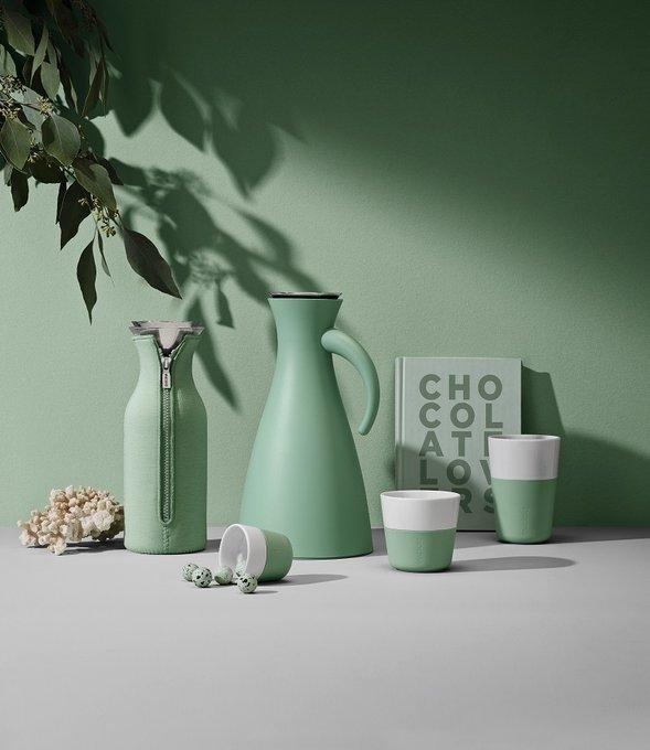 Набор из двух чашек для эспрессо зелено-белого цвета