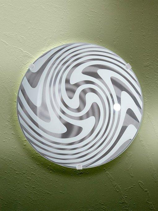 Настенно-потолочный светильник с плафоном из стекла бело-серого цвета