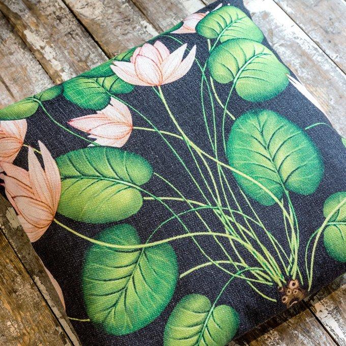 Декоративная подушка Тропический лес версия 8