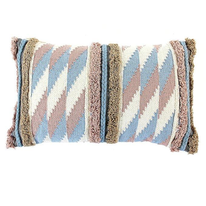 Чехол на подушку с бахромой