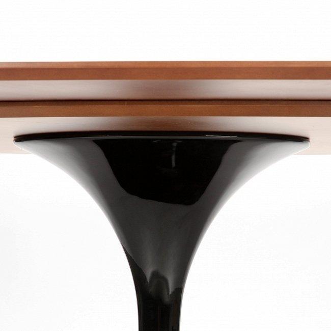 Овальный обеденный стол Tulip со столешницей из розового дерева