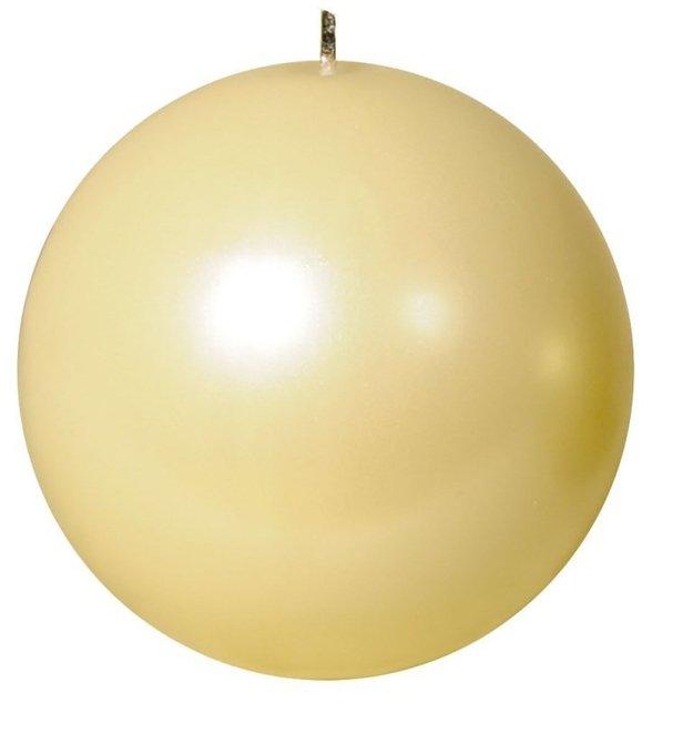 Свеча шар жемчужно кремовая