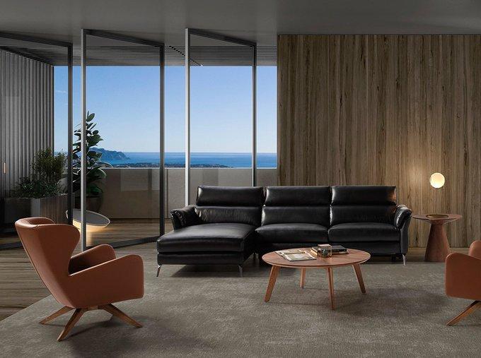Кожаный диван с механизмом релакс