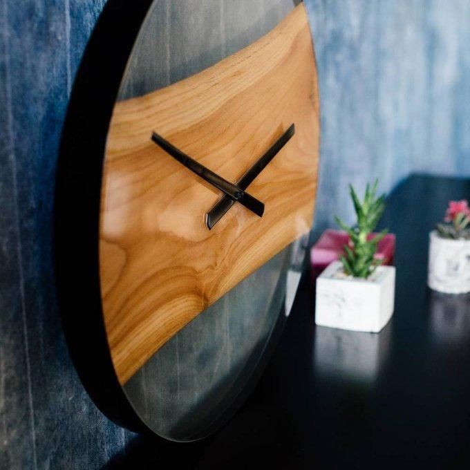 Часы из натурального кедра большие