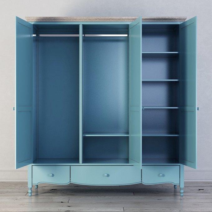 Шкаф трехстворчатый Leblanc голубого цвета