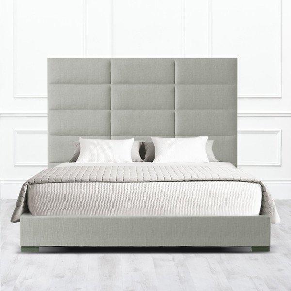 Кровать Corona из массива с обивкой серо-зеленого цвета