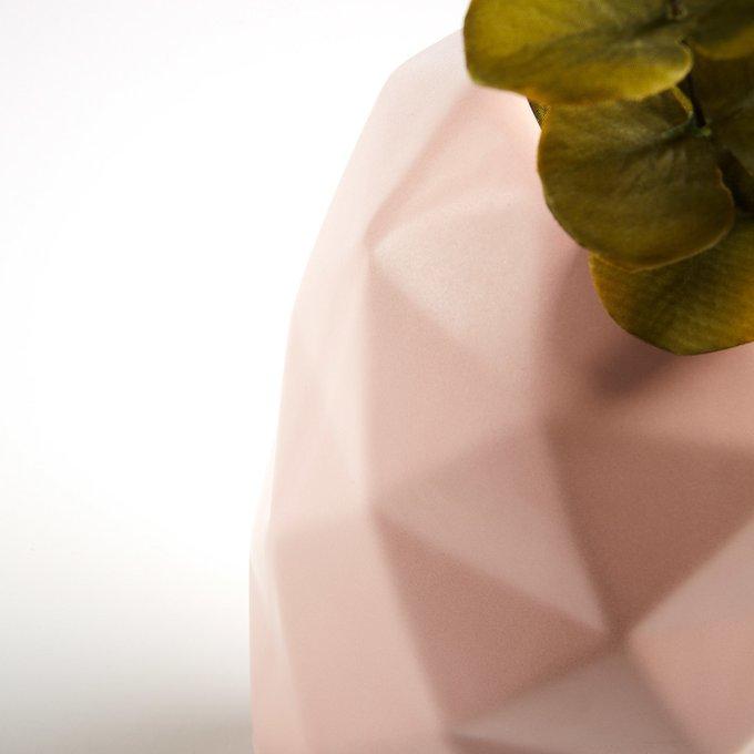 Ваза керамическая Lineal розового цвета