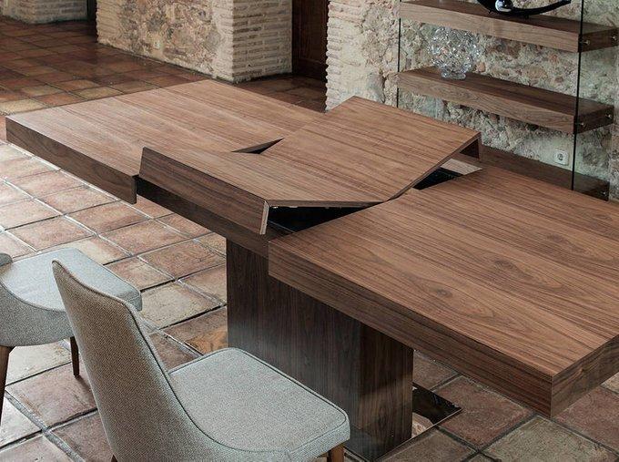Обеденный стол Atemporal из массива дуба
