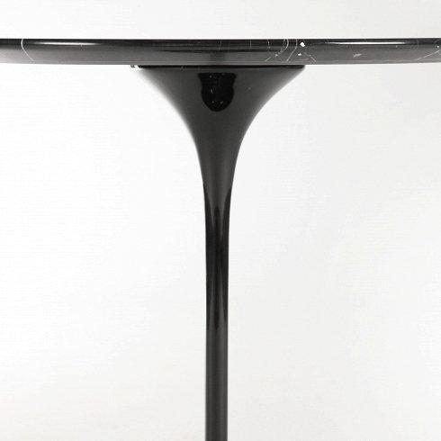 Кофейный стол Tulip со столешницей из черного мрамора