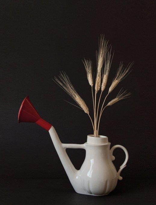 Лейка Swan Watering из фарфора белого цвета